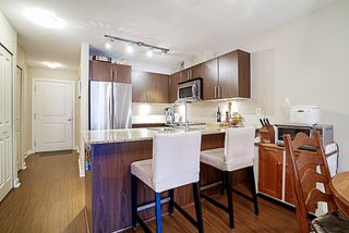 "Photo 6: 417 8915 202 Street in Langley: Walnut Grove Condo for sale in ""Hawthorne"" : MLS®# R2209331"