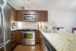 "Photo 4: 417 8915 202 Street in Langley: Walnut Grove Condo for sale in ""Hawthorne"" : MLS®# R2209331"