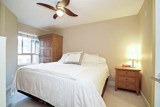 "Photo 11: 417 8915 202 Street in Langley: Walnut Grove Condo for sale in ""Hawthorne"" : MLS®# R2209331"