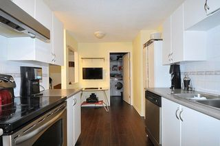 """Photo 2: 401 22351 ST ANNE Avenue in Maple Ridge: West Central Condo for sale in """"PORT HANEY"""" : MLS®# R2213208"""