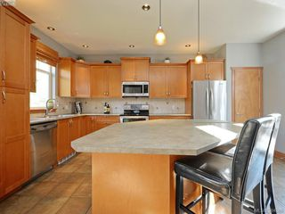 Photo 7: 2403 Poplar Dr in SOOKE: Sk Sunriver House for sale (Sooke)  : MLS®# 773651