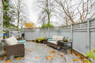 """Photo 12: 1160 W 15TH Avenue in Vancouver: Fairview VW Townhouse for sale in """"MONTCALM MANOR"""" (Vancouver West)  : MLS®# R2222344"""