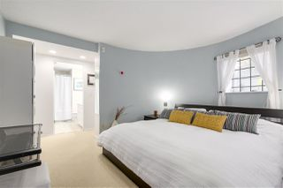 """Photo 9: 1160 W 15TH Avenue in Vancouver: Fairview VW Townhouse for sale in """"MONTCALM MANOR"""" (Vancouver West)  : MLS®# R2222344"""