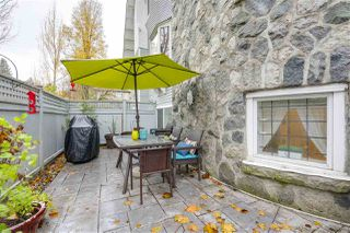 """Photo 13: 1160 W 15TH Avenue in Vancouver: Fairview VW Townhouse for sale in """"MONTCALM MANOR"""" (Vancouver West)  : MLS®# R2222344"""