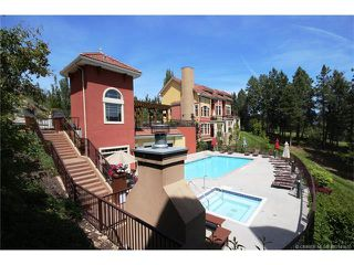 Photo 2: 208 1795 Country Club Dr Bella Sera Townhome Kelowna