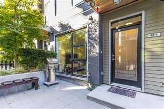 "Photo 2: 2318 WINDSOR Street in Vancouver: Mount Pleasant VE Townhouse for sale in ""7&W"" (Vancouver East)  : MLS®# R2235412"