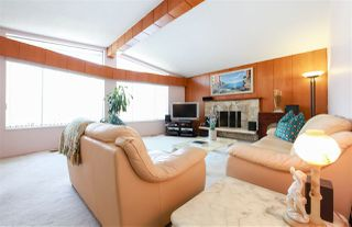 Photo 2: 7550 DORCHESTER Drive in Burnaby: Government Road House for sale (Burnaby North)  : MLS®# R2242148