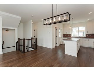 "Photo 5: 31 4295 OLD CLAYBURN Road in Abbotsford: Abbotsford East House for sale in ""Sunspring Estates"" : MLS®# R2253097"