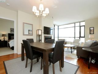 Photo 5: 701 788 Humboldt St in VICTORIA: Vi Downtown Condo Apartment for sale (Victoria)  : MLS®# 784381