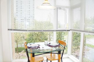 """Photo 8: 401 7108 EDMONDS Street in Burnaby: Edmonds BE Condo for sale in """"The Parkhill"""" (Burnaby East)  : MLS®# R2261719"""