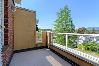 "Photo 16: 308 2340 HAWTHORNE Avenue in Port Coquitlam: Central Pt Coquitlam Condo for sale in ""Barrington Place"" : MLS®# R2268764"