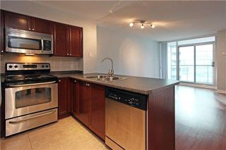 Photo 2: 1106 51 Lower Simcoe Street in Toronto: Waterfront Communities C1 Condo for lease (Toronto C01)  : MLS®# C4145172