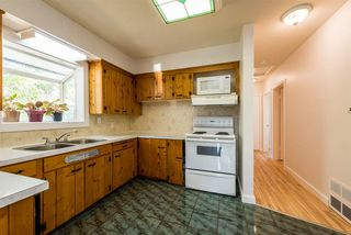 Photo 8: 18537 58 Avenue in Surrey: Cloverdale BC House for sale (Cloverdale)  : MLS®# R2302962