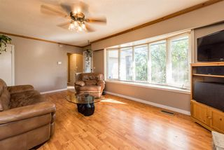 Photo 5: 18537 58 Avenue in Surrey: Cloverdale BC House for sale (Cloverdale)  : MLS®# R2302962