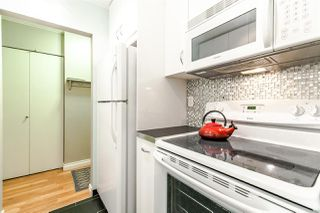 "Photo 8: 218 1422 E 3RD Avenue in Vancouver: Grandview VE Condo for sale in ""LA CONTESSA"" (Vancouver East)  : MLS®# R2309686"