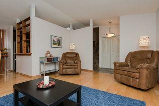 Photo 5: 2608 83 Street in Edmonton: Zone 29 House for sale : MLS®# E4139943