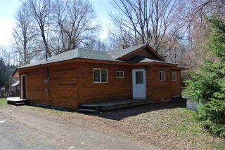 Photo 2: 3244 CORDOVA Street: Hazelton House for sale (Smithers And Area (Zone 54))  : MLS®# R2336927