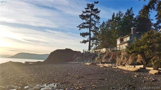 Photo 1: 2725 Anchor Way in PENDER ISLAND: GI Pender Island Single Family Detached for sale (Gulf Islands)  : MLS®# 405264