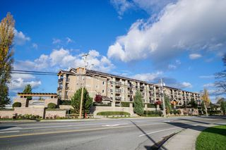 "Photo 2: 204 21009 56 Avenue in Langley: Salmon River Condo for sale in ""CORNERSTONE"" : MLS®# R2343455"