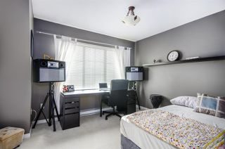 "Photo 10: 27 12778 66 Avenue in Surrey: West Newton Townhouse for sale in ""Hathaway Village"" : MLS®# R2346018"