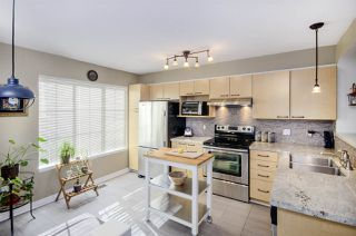"Photo 4: 27 12778 66 Avenue in Surrey: West Newton Townhouse for sale in ""Hathaway Village"" : MLS®# R2346018"