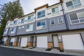 Photo 2: 18 6162 138 Street in Surrey: Sullivan Station Townhouse for sale : MLS®# R2346093