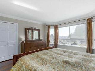 "Photo 12: 18 50 HETT CREEK Drive in Port Moody: Heritage Mountain Townhouse for sale in ""MOUNTAINSIDE"" : MLS®# R2351902"