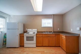 "Photo 15: 12301 209 Street in Maple Ridge: Northwest Maple Ridge House for sale in ""CHILCOTIN PARK"" : MLS®# R2352399"