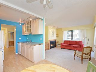 "Photo 8: 203 1420 E 7TH Avenue in Vancouver: Grandview VE Condo for sale in ""LANDMARK COURT"" (Vancouver East)  : MLS®# R2354522"