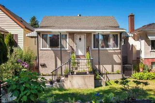 Main Photo: 749 E 39TH Avenue in Vancouver: Fraser VE House for sale (Vancouver East)  : MLS®# R2358346