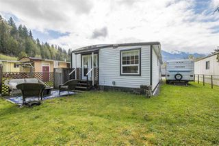 "Photo 17: 9 46511 CHILLIWACK LAKE Road in Sardis - Chwk River Valley: Chilliwack River Valley Manufactured Home for sale in ""BAKER TRAILS"" (Sardis)  : MLS®# R2359070"