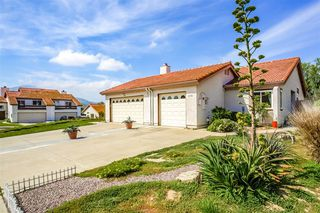 Photo 1: RANCHO SAN DIEGO Condo for sale : 2 bedrooms : 2158 Warwood Ct. in El Cajon