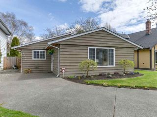 "Main Photo: 10550 HOLLYMOUNT Drive in Richmond: Steveston North House for sale in ""HOLLIES"" : MLS®# R2366603"