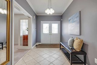 Photo 3: 33 Leithridge Crescent in Whitby: Brooklin House (Bungalow) for sale : MLS®# E4465551