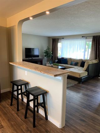 Photo 5: 10235 FULTON Road in Edmonton: Zone 19 House for sale : MLS®# E4159761