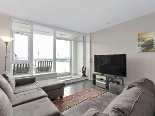 """Photo 4: 1908 668 COLUMBIA Street in New Westminster: Quay Condo for sale in """"Trapp & Holbrook"""" : MLS®# R2378796"""