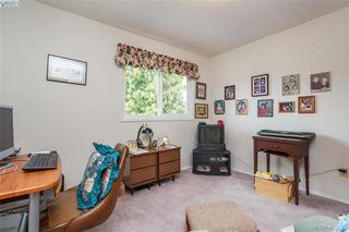 Photo 12: 845 Cecil Blogg Drive in VICTORIA: Co Triangle Single Family Detached for sale (Colwood)  : MLS®# 412175