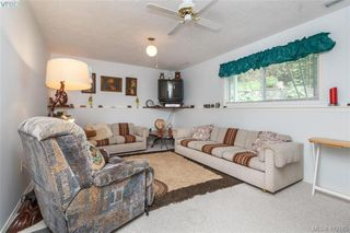 Photo 13: 845 Cecil Blogg Drive in VICTORIA: Co Triangle Single Family Detached for sale (Colwood)  : MLS®# 412175