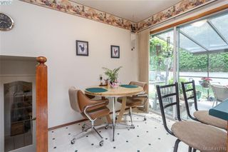 Photo 7: 845 Cecil Blogg Drive in VICTORIA: Co Triangle Single Family Detached for sale (Colwood)  : MLS®# 412175
