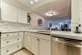 "Photo 5: 103 74 RICHMOND Street in New Westminster: Fraserview NW Condo for sale in ""Governors Court"" : MLS®# R2384201"