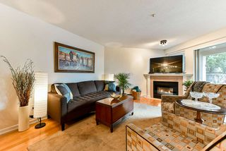 "Photo 10: 103 74 RICHMOND Street in New Westminster: Fraserview NW Condo for sale in ""Governors Court"" : MLS®# R2384201"