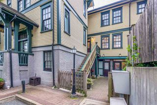 "Photo 16: 8 12 E ROYAL Avenue in New Westminster: Fraserview NW Townhouse for sale in ""Nurses Lodge - Victoria Hill"" : MLS®# R2385804"