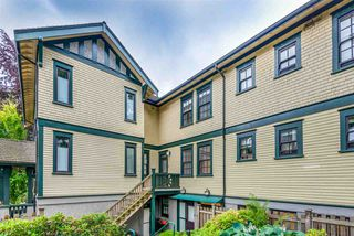 "Photo 17: 8 12 E ROYAL Avenue in New Westminster: Fraserview NW Townhouse for sale in ""Nurses Lodge - Victoria Hill"" : MLS®# R2385804"
