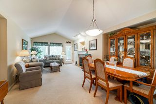 "Photo 3: 1 8888 151 Street in Surrey: Bear Creek Green Timbers Townhouse for sale in ""Carlingwood"" : MLS®# R2387073"