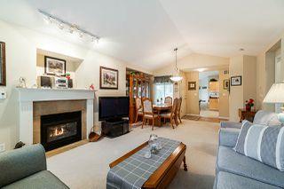 "Photo 6: 1 8888 151 Street in Surrey: Bear Creek Green Timbers Townhouse for sale in ""Carlingwood"" : MLS®# R2387073"