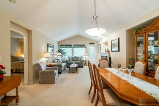 "Photo 8: 1 8888 151 Street in Surrey: Bear Creek Green Timbers Townhouse for sale in ""Carlingwood"" : MLS®# R2387073"