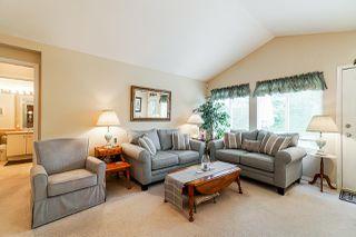 "Photo 5: 1 8888 151 Street in Surrey: Bear Creek Green Timbers Townhouse for sale in ""Carlingwood"" : MLS®# R2387073"