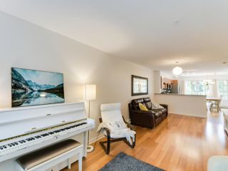 """Photo 6: 25 20761 DUNCAN Way in Langley: Langley City Townhouse for sale in """"WYNDHAM LANE"""" : MLS®# R2390806"""