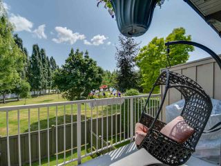 "Photo 17: 25 20761 DUNCAN Way in Langley: Langley City Townhouse for sale in ""WYNDHAM LANE"" : MLS®# R2390806"