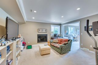 """Photo 16: 588 CLEARWATER Way in Coquitlam: Coquitlam East House for sale in """"RIVER HEIGHTS"""" : MLS®# R2392134"""